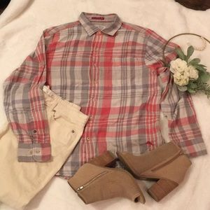 Tommy Bahama Women's Flannel Shirt EUC